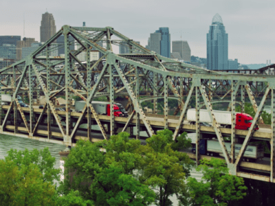 The Brent Spence Bridge carries interstates 71 and 75 between Ohio and Kentucky across the Ohio River. Credit: Hal Bergman/Getty Images